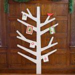 Top 10 Tuesday {13}: Creative Ways to Display Christmas Cards