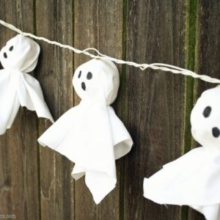 halloween decor, ghost garland, halloween crafts, DIY garland, light up garland, ghosts
