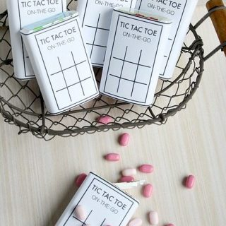 DIY Tic Tac Toe Game For On The Go