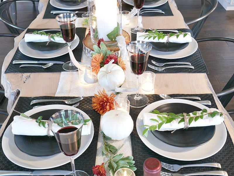black-and-white-rustic-modern-fall-table-setting- & Black and White Rustic Modern Fall Table Setting - Taryn Whiteaker