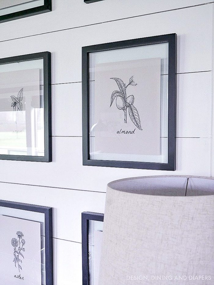 Farmhouse botanical prints! Download your own copy on the blog.