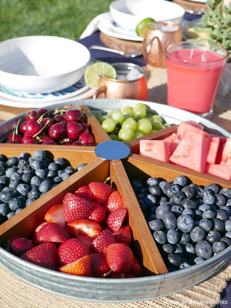Easy summer entertaining ideas for your next backyard gathering, from fruit displays, what to prep ahead of time and more!