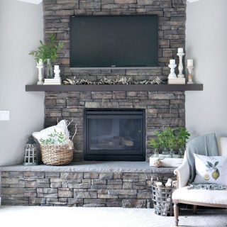 Neutral Summer Mantel
