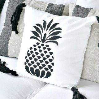 DIY Pineapple Tassel Pillow