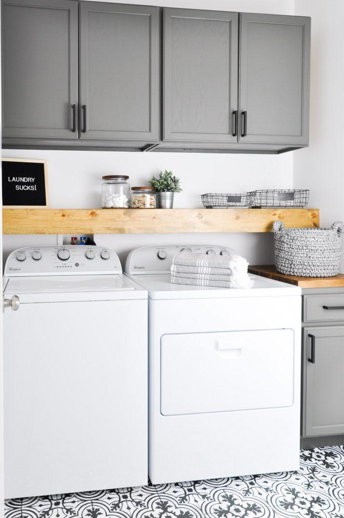 The inspiration gallery zevy joy - Tiny laundry room ideas ...