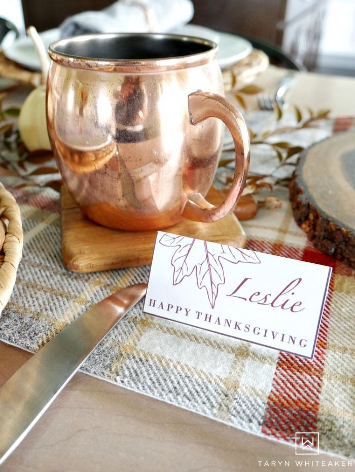 https://tarynwhiteaker.com/wp-content/uploads/2017/10/Nature-Inspired-Thanksgiving-Table-With-Copper-Accents-2-1-700x932.jpg