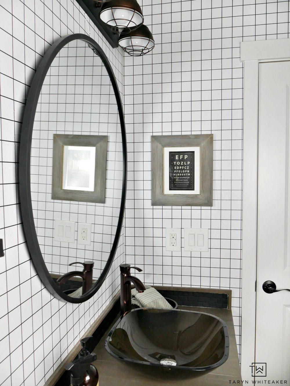 Black and White Geometric Bathroom - Taryn Whiteaker