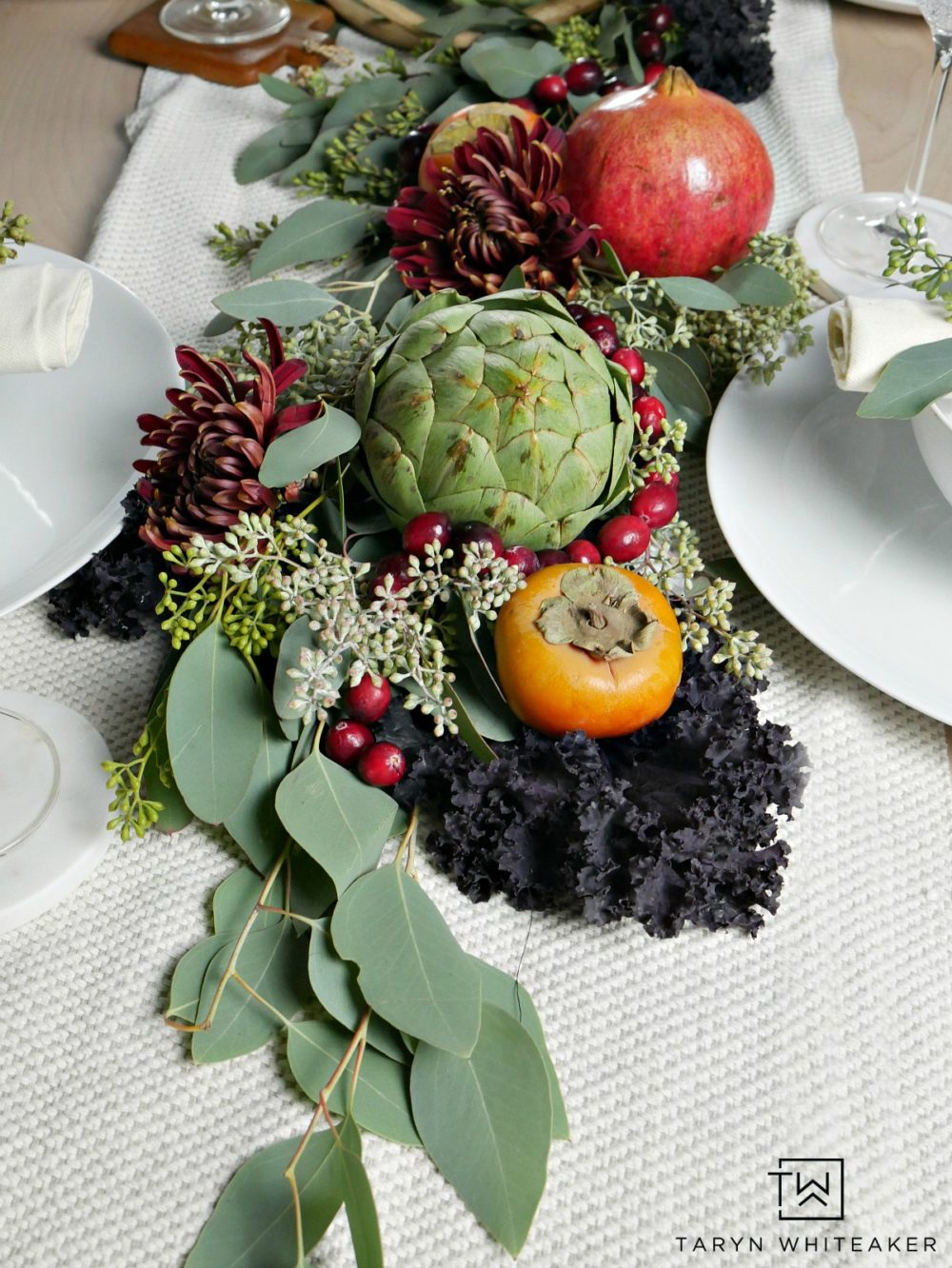 Tips for creating a centerpiece using fresh fruits and vegetables