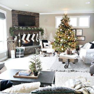 Green Black and White Christmas Home Tour