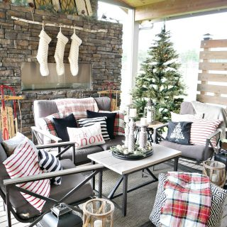 Outdoor Living Space at Christmas