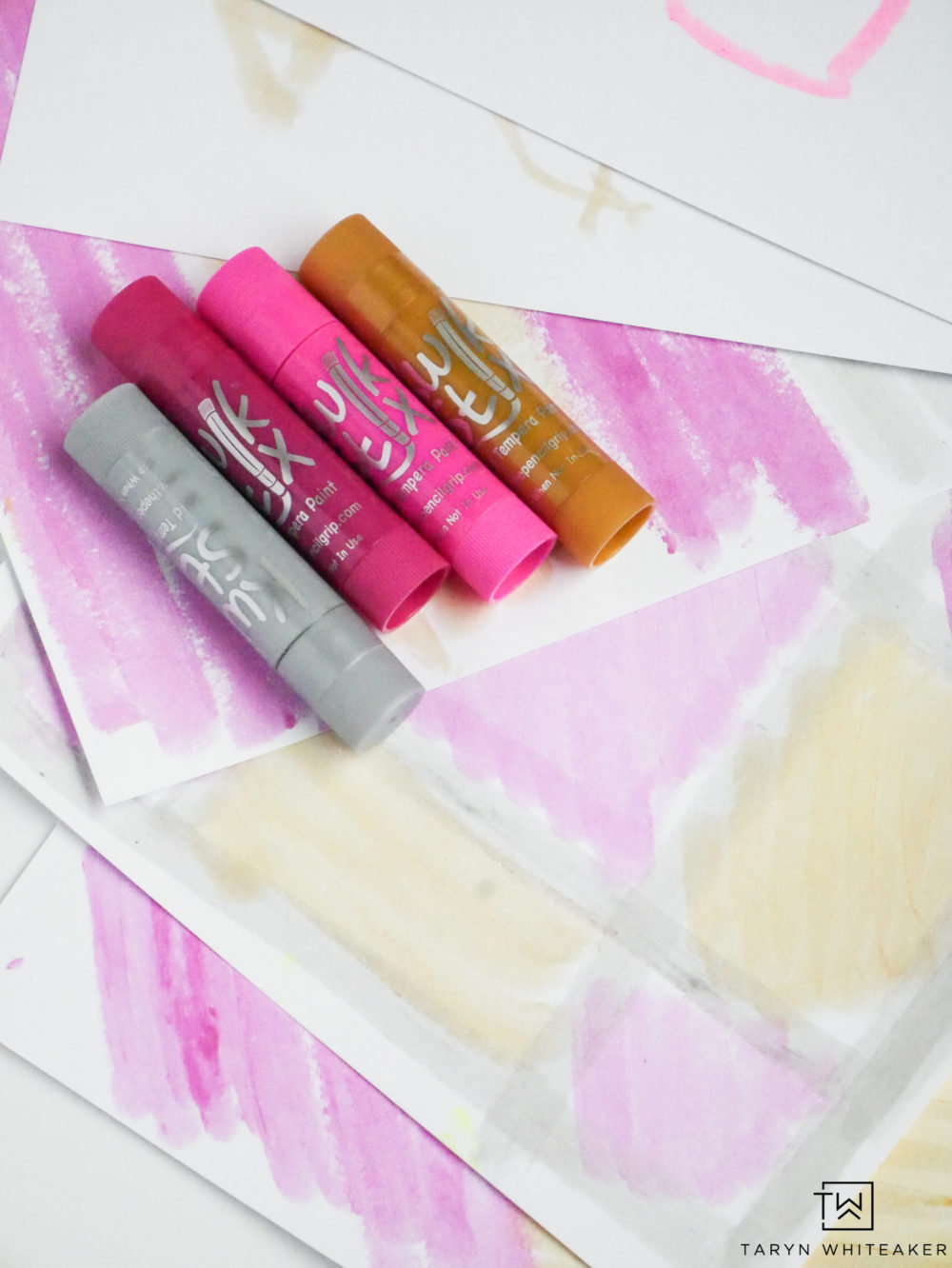 Easy to use Kwik Stix Paint for kid's projects!