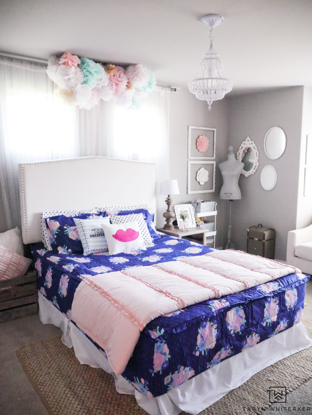 Beddy's Bedding: Cute and fun little girls room with new zipper Beddys Bedding! Just zip on and off for easy use!