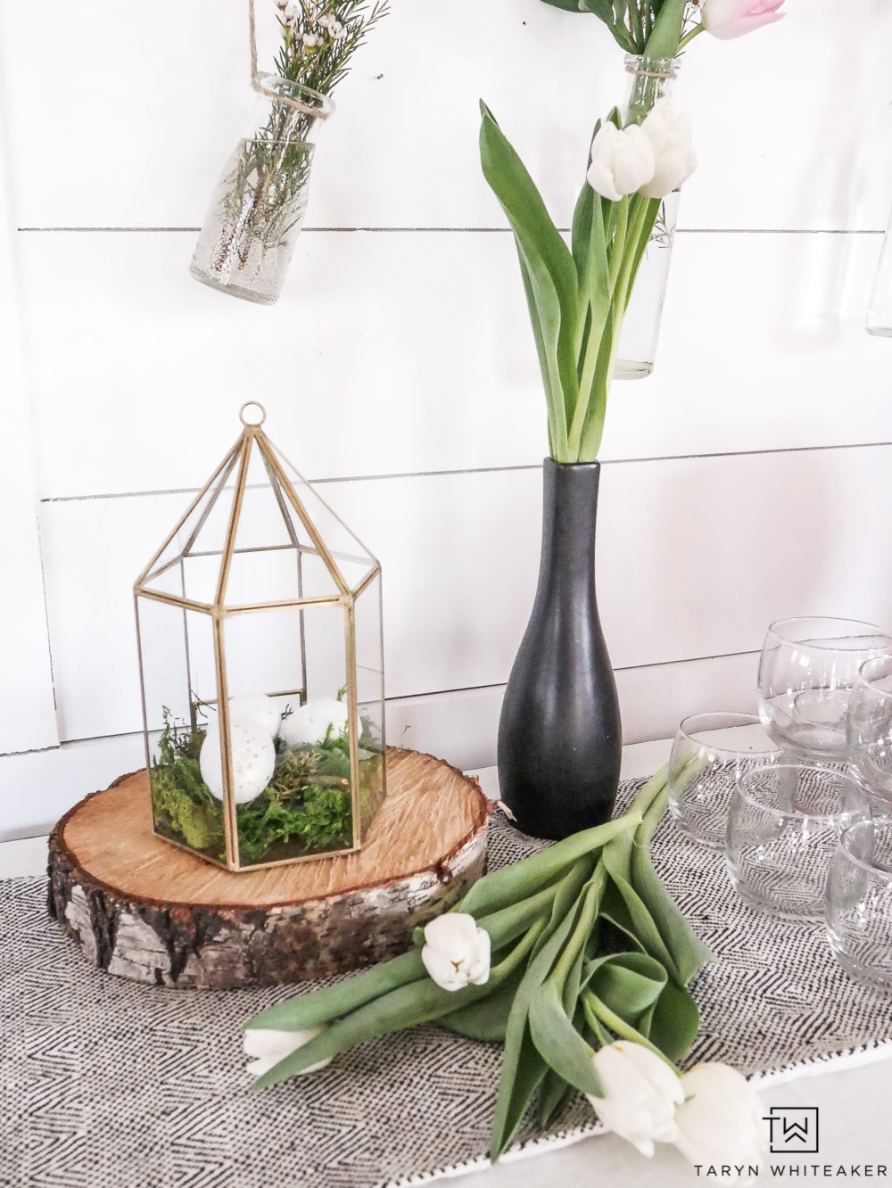 Add simple touches of Easter to your beverage station with this DIY Egg Terrarium and fresh tulips!