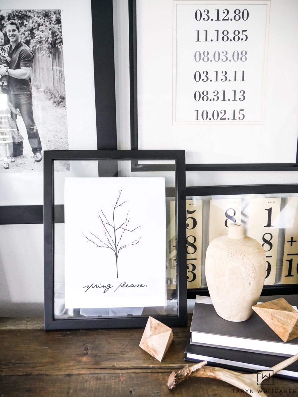 Refresh your decor for spring with this super cute and simple spring printable! The black and white print is perfect for minimalist and modern designed spaces.