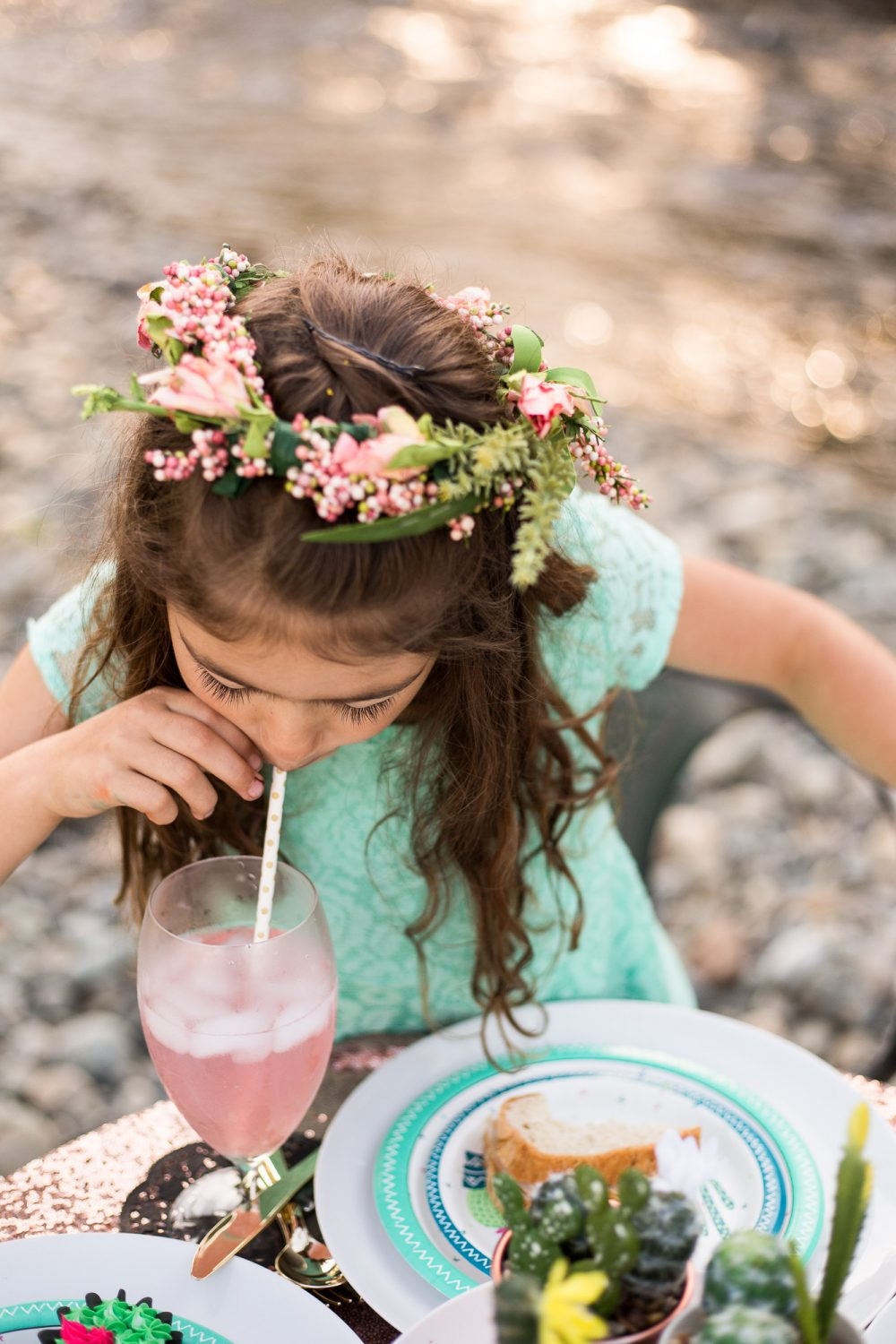Learn how to make your own flower crowns for a princess party for tea party! A cute party favor too!