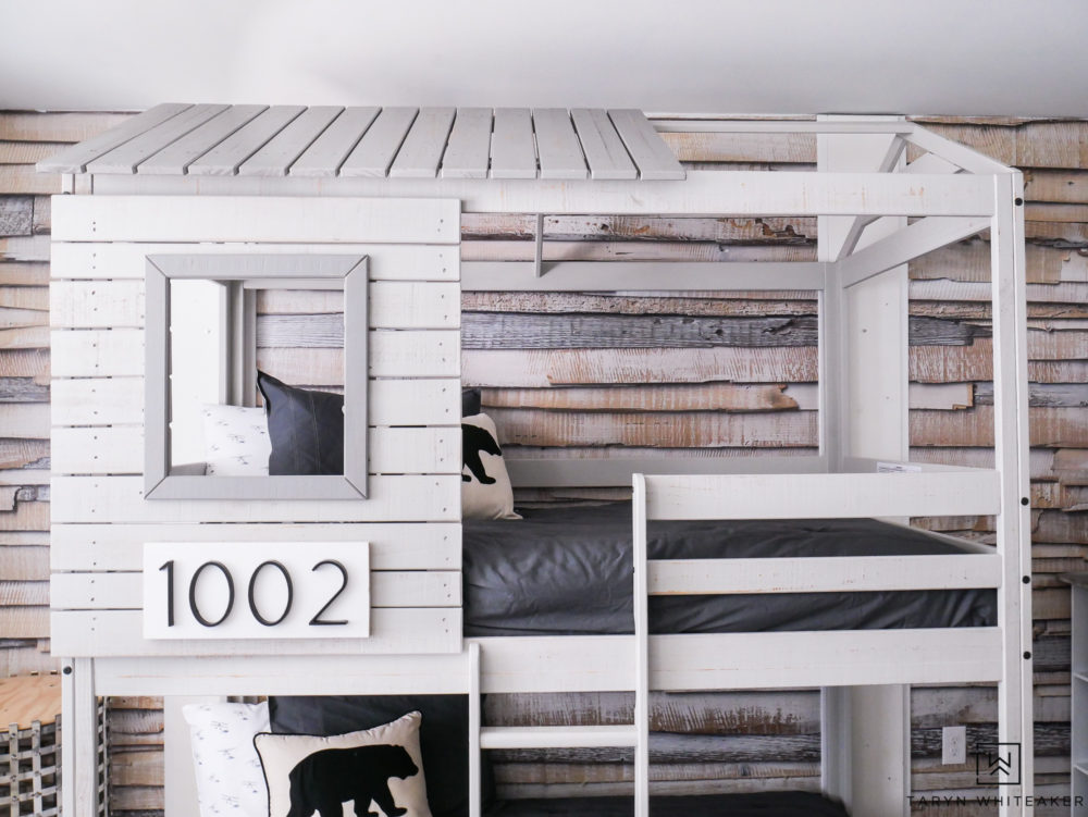 Love this mountain modern rustic boys room with a loft style bunkbed set and cute bear bedding.