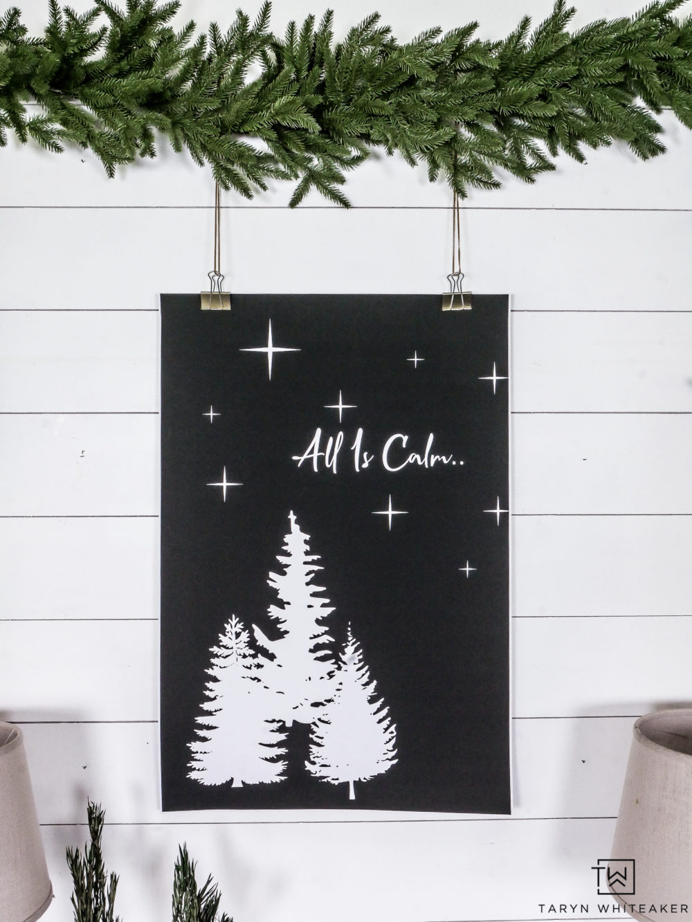 Free black and white Christmas Printable!