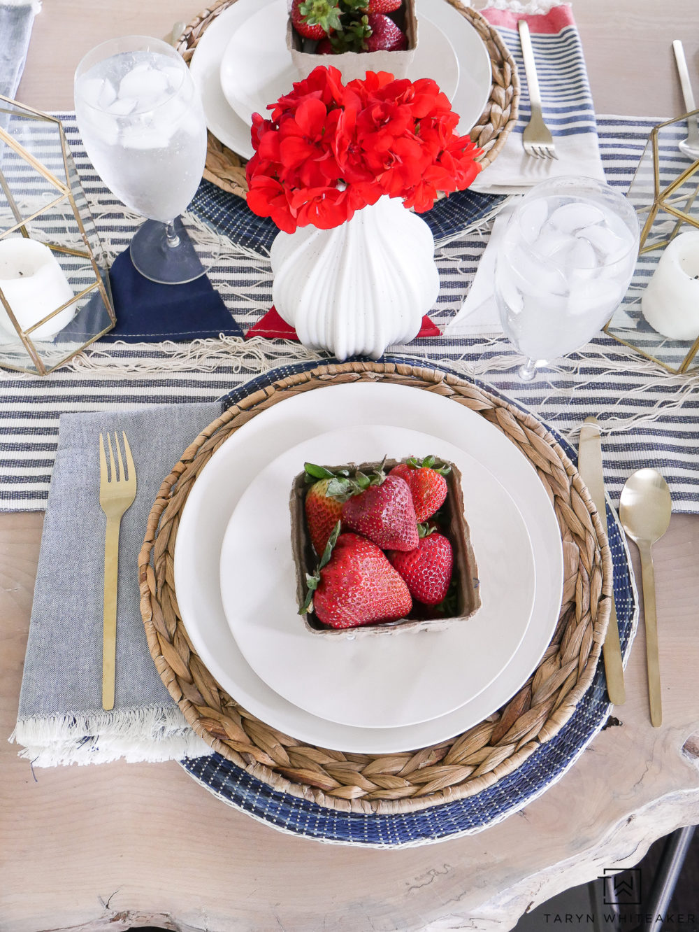 Red, white and blue summer table decor! Love these layered place settings with wicker and navy place mats.