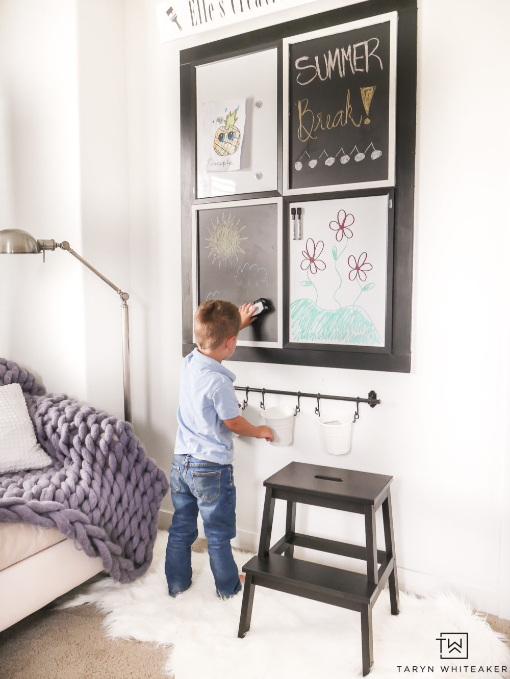 Kids will love this DIY kids Art Center and keep them occupied for hours!