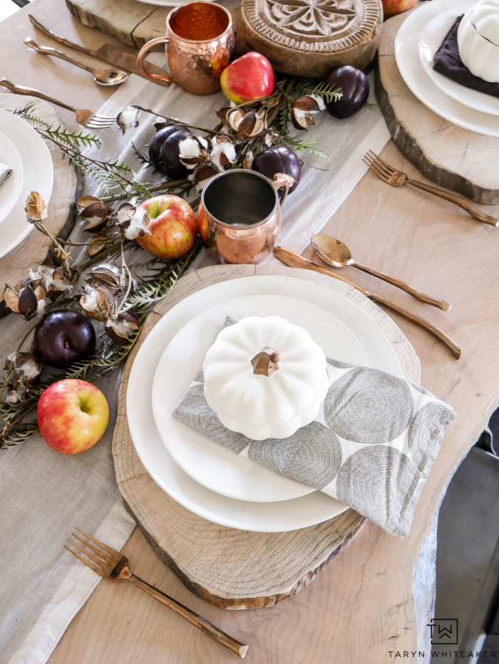 Create an inexpensive Thanksgiving Centerpiece With Fresh Fruit for the holidays! Grab your supplies at the grocery store and build your DIY Centerpiece.