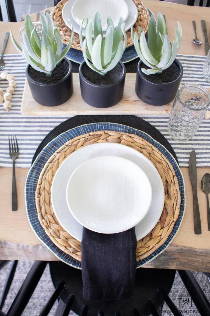 Navy and Black Spring Table Decor! Layer place mats to add texture and depth to your table.