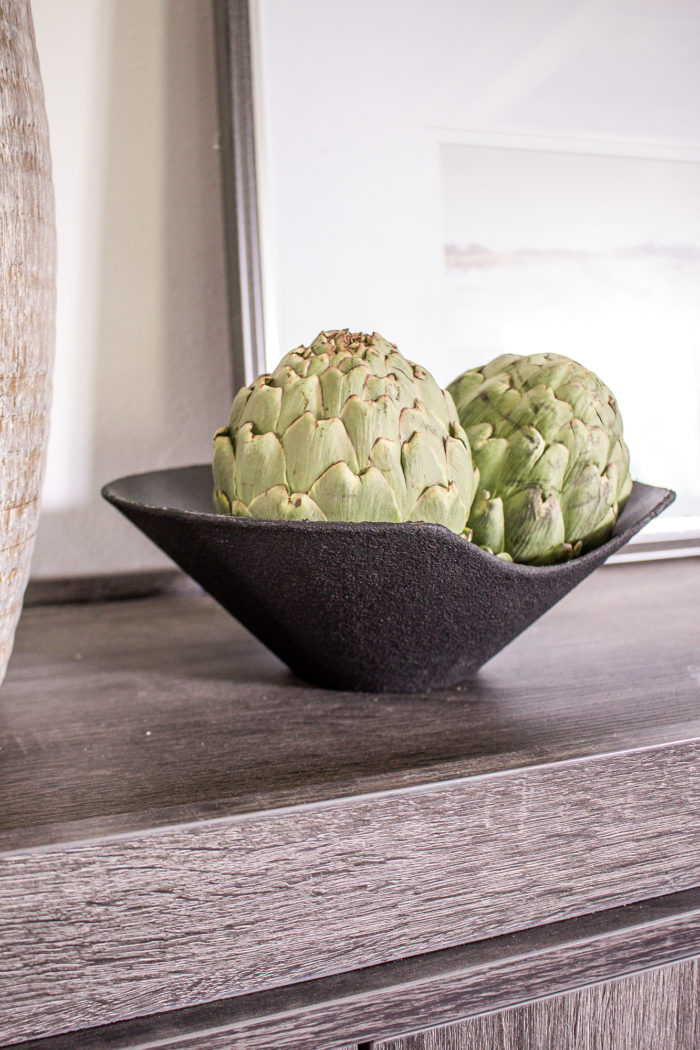 Beautiful black textured decorative bowl for your accessories.
