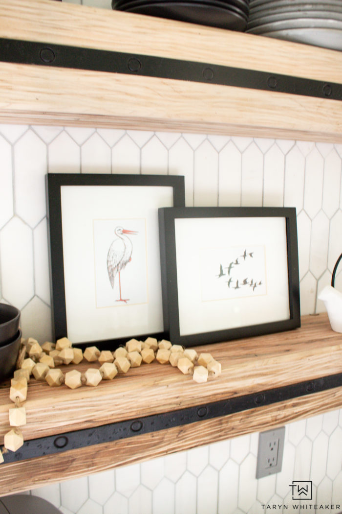 Create your own coastal summer vignette using these FREE Summer Prints available for download. Cute bird theme artwork perfect for summer.