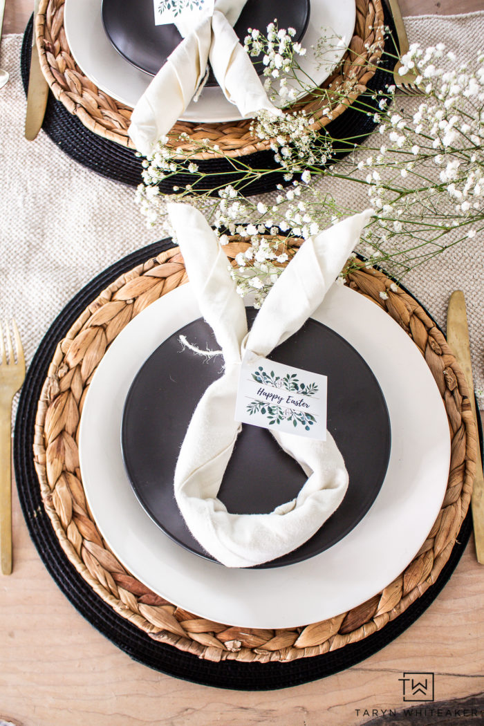 Bunny Napkins for a sweet and simple Easter tablescape, download these free botanical Easter Printables too!
